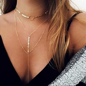 ⭐️ New Condition ⭐️ Gold layered necklace